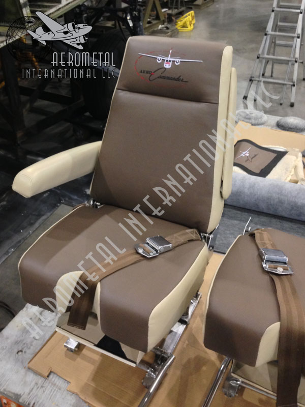 Commander 1000 New Flt Deck Seats
